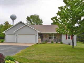 3040  Roundabout Ct  , Green Bay, WI 54313 (#50122108) :: Dallaire Realty