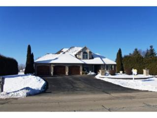 2691  Lakeview Dr  , Suamico, WI 54173 (#50111249) :: Todd Wiese Homeselling System, Inc.