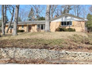 2975  Albert Dr  , Green Bay, WI 54311 (#50116516) :: Dallaire Realty