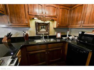 322  Worthington Sq  322, Portsmouth, VA 23704 (#1423868) :: The Kris Weaver Real Estate Team