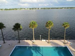 2600 N Flagler Drive  210, West Palm Beach, FL 33407 (#RX-10049848) :: The Torrance Group