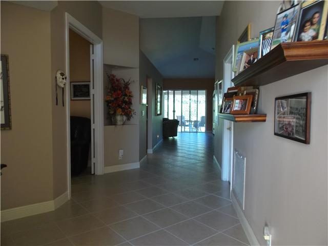 5778 Fountains Drive - Photo 2