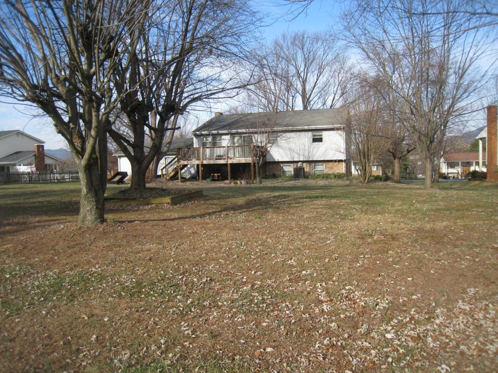 175 Apple Tree Rd - Photo 2