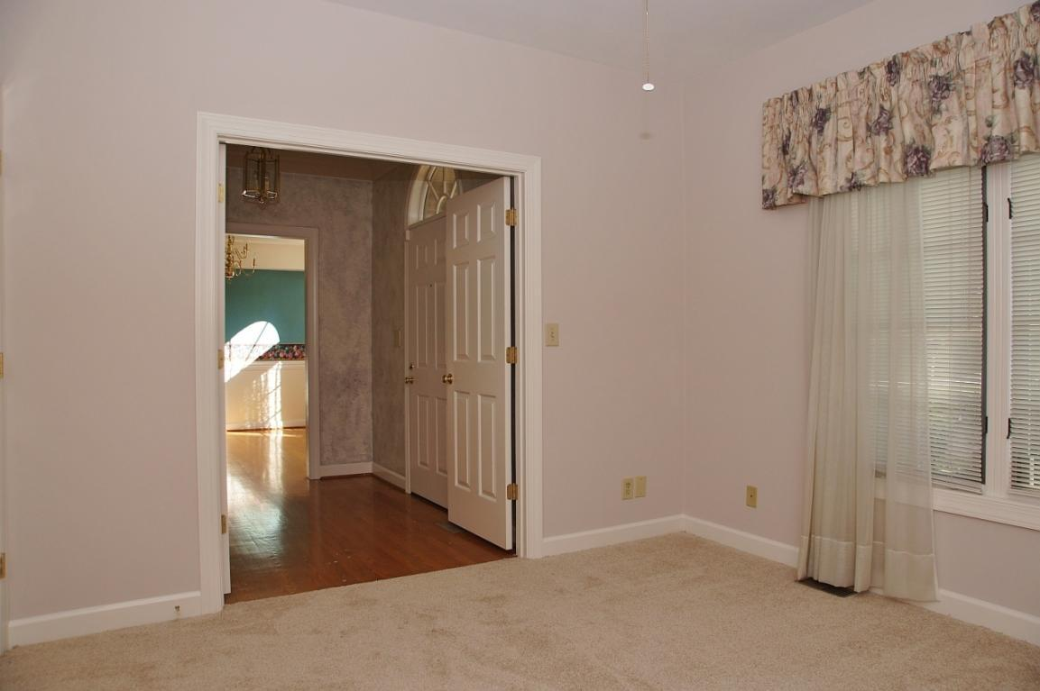 1803 Northwoods Ln - Photo 11