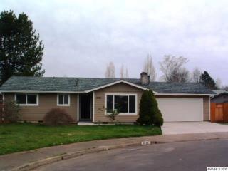 4726  Oakleaf NE , Salem, OR 97305 (MLS #687489) :: HomeSmart Realty Group