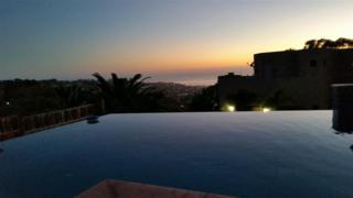 7234  Encelia Dr  , La Jolla, CA 92037 (#140049241) :: Avanti Real Estate