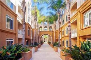 9253  Regents  A203, La Jolla, CA 92037 (#140062745) :: Pickford Realty LTD, DBA Berkshire Hathaway HomeServices California Properties