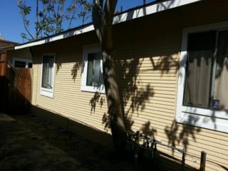 425  Elizabeth St  , San Jose, CA 95112 (#ML81461935) :: RE/MAX Real Estate Services