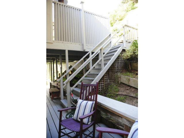 526 Beach Dr - Photo 21