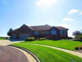 825 E Leslie Dr  , Garretson, SD 57030 (MLS #21413064) :: Peterson Goff Real Estate Experts