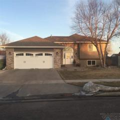 5612 S John Ave  , Sioux Falls, SD 57106 (MLS #21500461) :: Peterson Goff Real Estate Experts