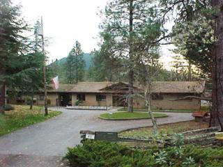 611  Carriage Rd  , Grants Pass, OR 97526 (#2952757) :: The John Sellers Group