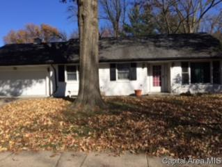 2319  Westview Drive  , Springfield, IL 62704 (MLS #146065) :: Killebrew & Co Real Estate Team