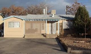 1312  Wilmoore Drive SE , Albuquerque, NM 87106 (MLS #829197) :: Campbell & Campbell Real Estate Services