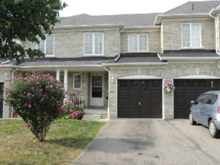 41  Tincomb Cres  , Whitby, ON L1R 2Y7 (#E3006108) :: Mike Clarke Team