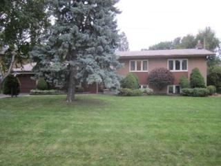 1358  Kendall Rd  , Mississauga, ON L4Y 1K3 (#W3016449) :: Rock Star Real Estate