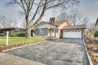 1646  Tarn Rd  , Mississauga, ON L4X 1B1 (#W3083704) :: Rock Star Real Estate