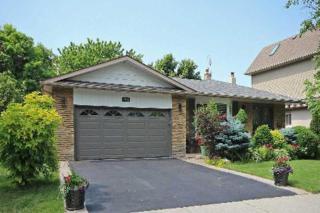 2457  Woburn Cres  , Oakville, ON L6L 5E8 (#W3074684) :: Rock Star Real Estate