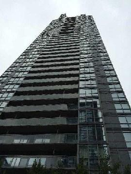 15  Fort York Blvd  1805, Toronto, ON M5V 3Y4 (#C3046032) :: Mike Clarke Team