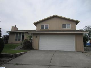 204 E 49th Ave  , Kennewick, WA 99337 (MLS #207007) :: United Home Group Tri-Cities