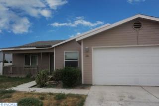 206 S 89th Avenue  , Yakima, WA 98908 (MLS #207012) :: United Home Group Tri-Cities