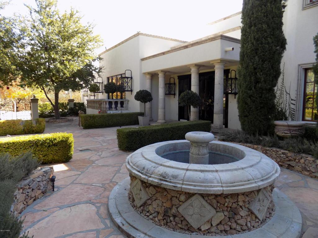 3204 N Canyon View Drive
