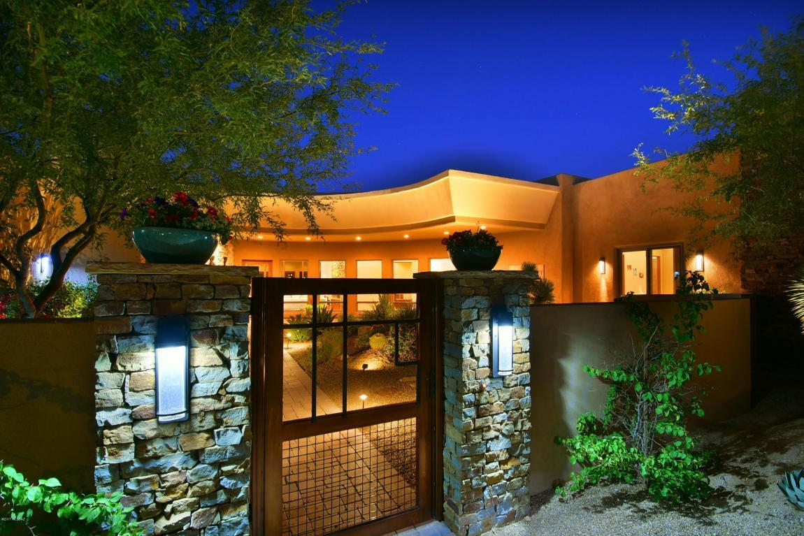 1302 W Twisted Mesquite Place