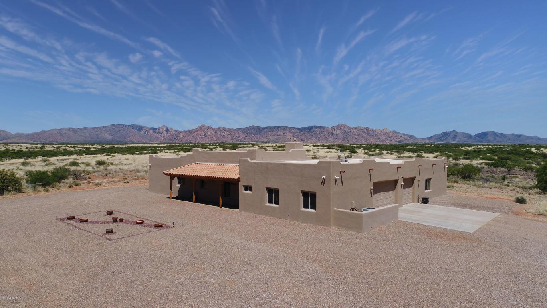 5471 E Cochise Trail