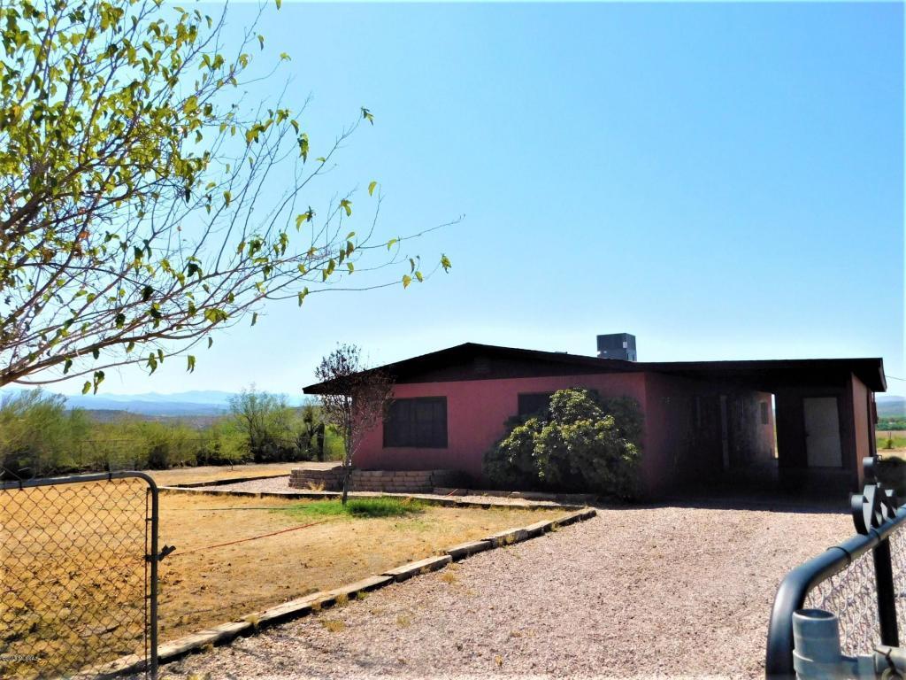 80595  Cactus Drive