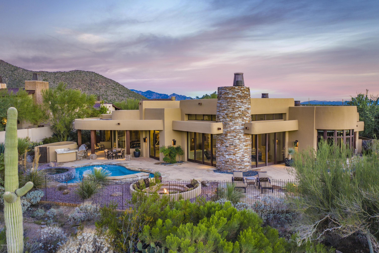 6063 W Seven Saguaros Circle