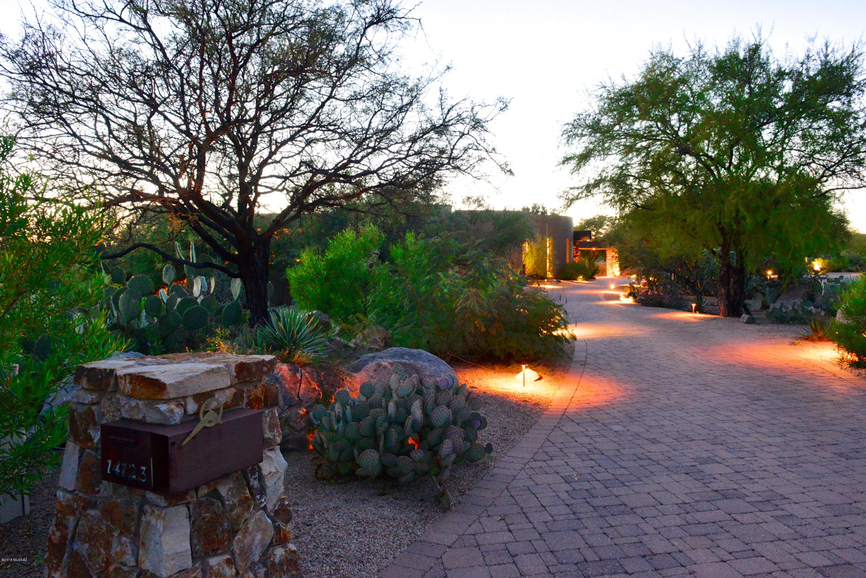 14123 N Hohokam Village Place