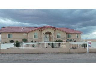 628 N Milan St  , Henderson, NV 89015 (MLS #1520564) :: The Snyder Group at Keller Williams Realty Las Vegas