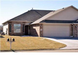 721 W Cottonwood Dr  , Valley Center, KS 67147 (MLS #377659) :: Select Homes - Mike Grbic Team