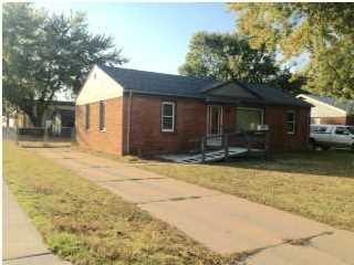 1101 N Baltimore  , Derby, KS 67037 (MLS #375980) :: Select Homes - Mike Grbic Team