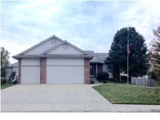1020 S Arbor Meadows  , Derby, KS 67037 (MLS #374960) :: Select Homes - Mike Grbic Team