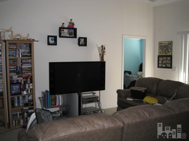 1422 Willoughby Park - Photo 3