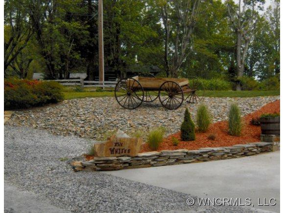 530 Strawberry Ridge Road - Photo 6