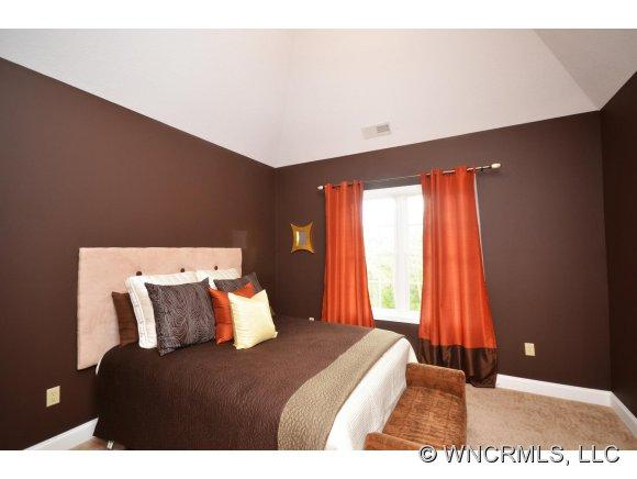 21 Nader Ave - Photo 10