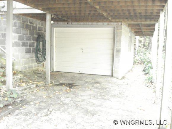 1082 Winter Star Rd - Photo 3