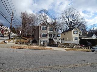 127 N Broad Street  , Peekskill, NY 10566 (MLS #4505440) :: The Lou Cardillo Home Selling Team