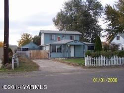 1716  Cornell Ave  , Yakima, WA 98902 (MLS #14-3368) :: Results Realty Group